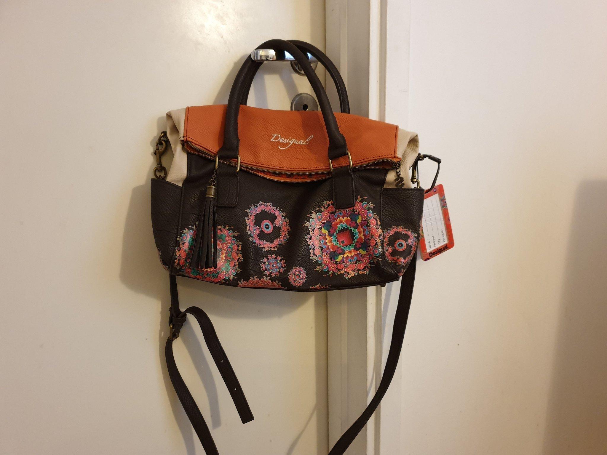 Helt ny väska från Desigual (364205270) ᐈ Köp på Tradera