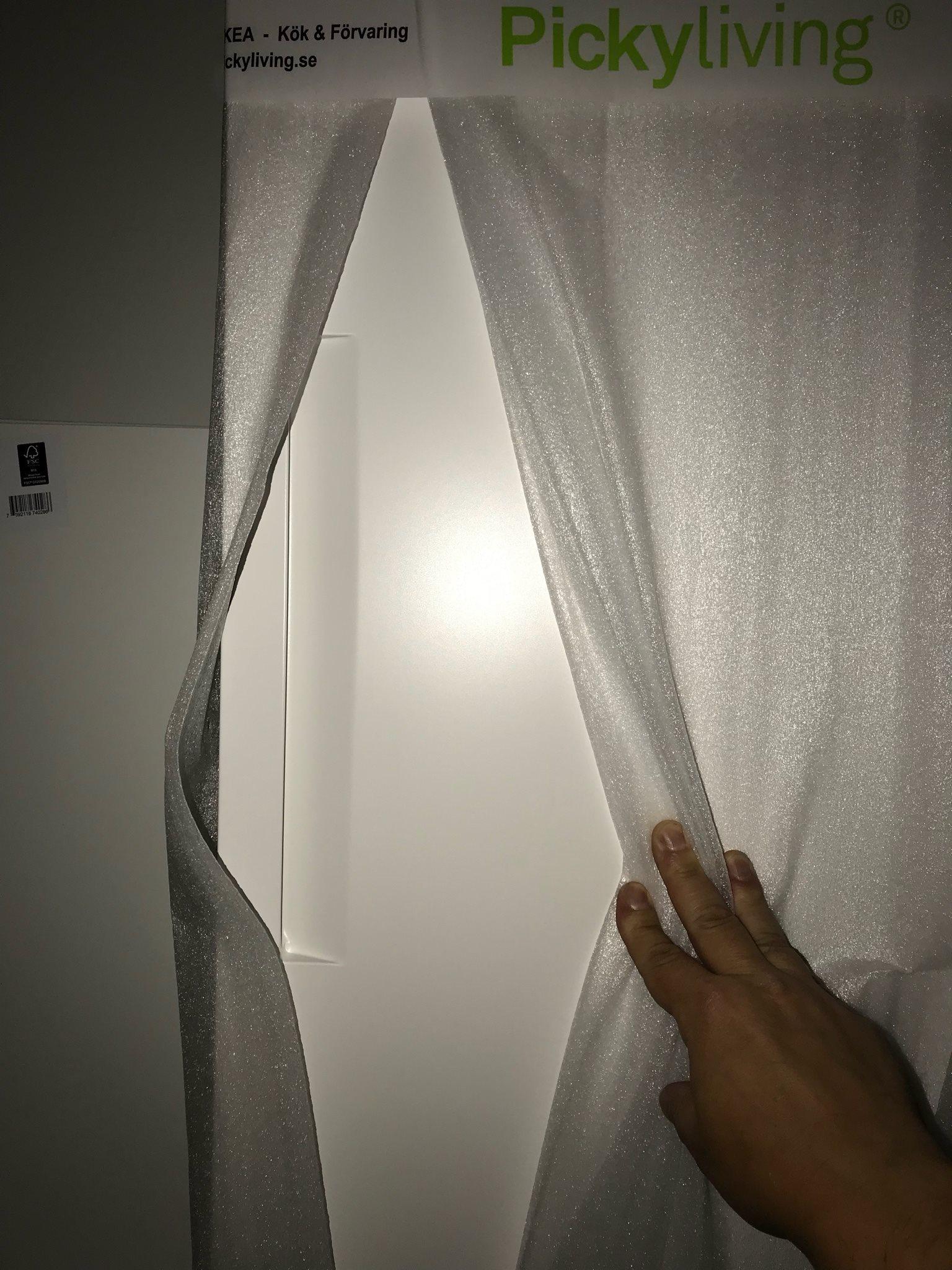 Garderobsdörrar 57 cm