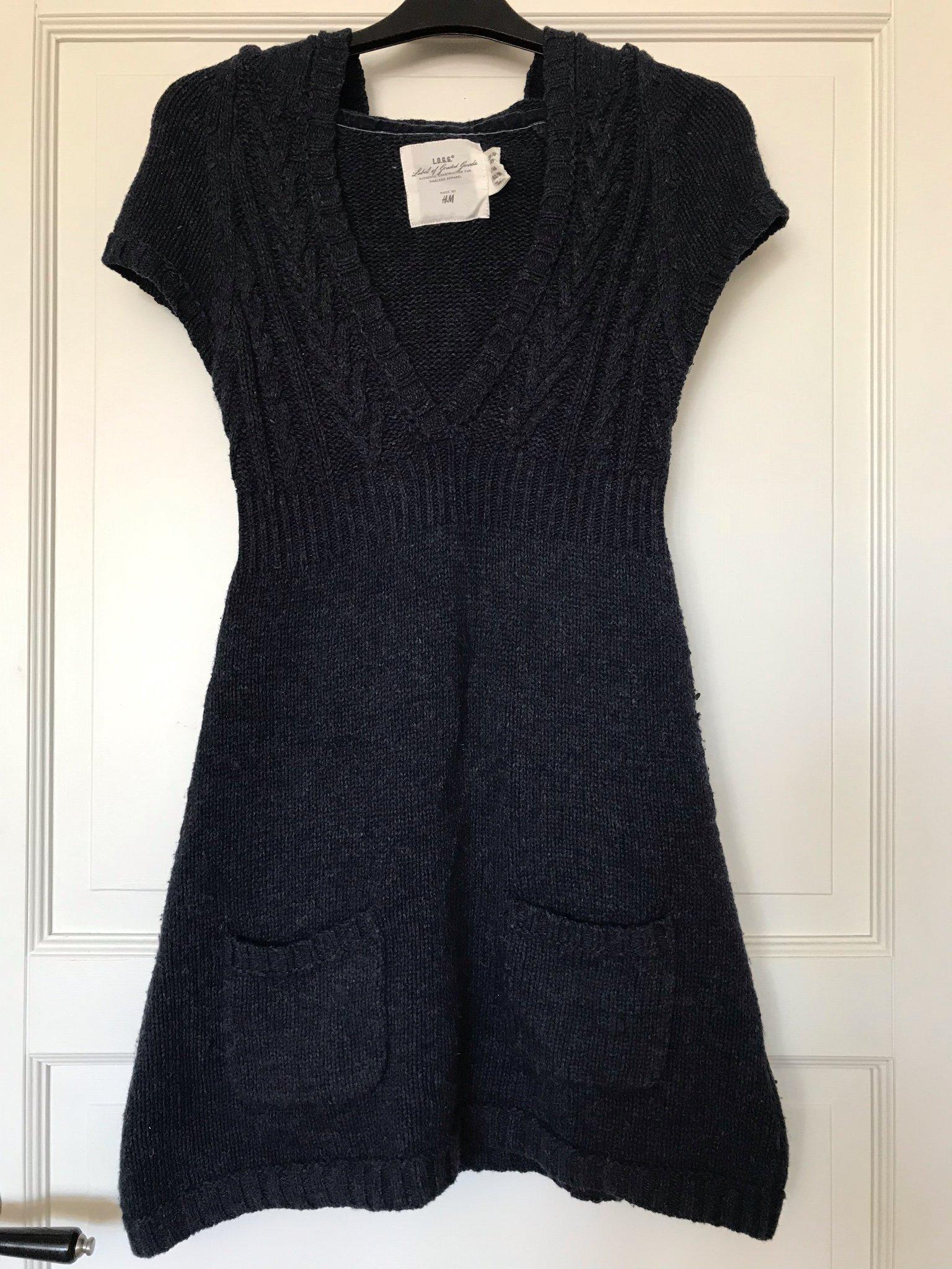 190d22c8e000 Stickad klänning med luva HM mörkblå marinblå 1.. (346698997) ᐈ Köp ...