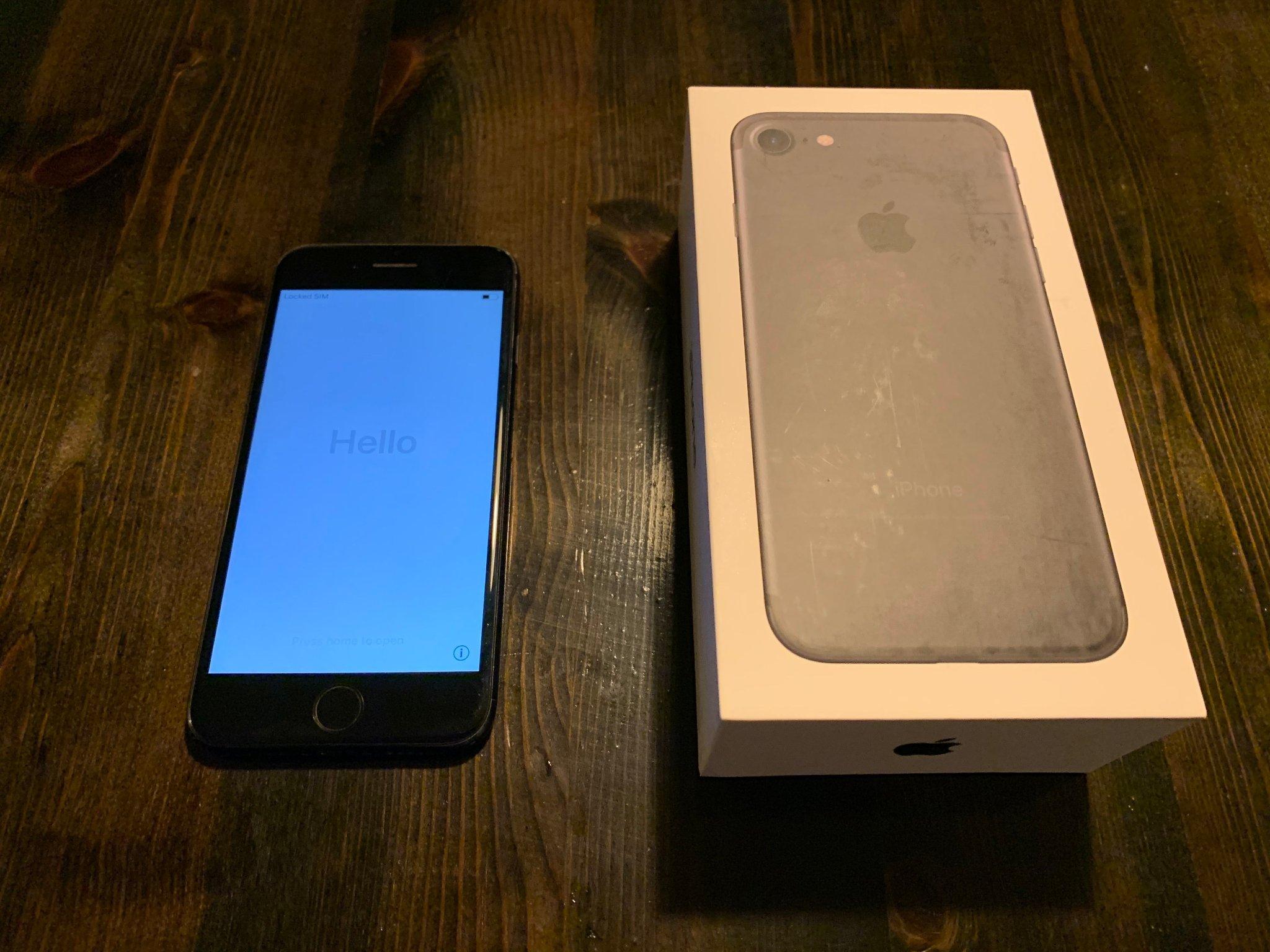 iPhone 7 32GB Svart DEFEKT (Se beskrivning) (377132210