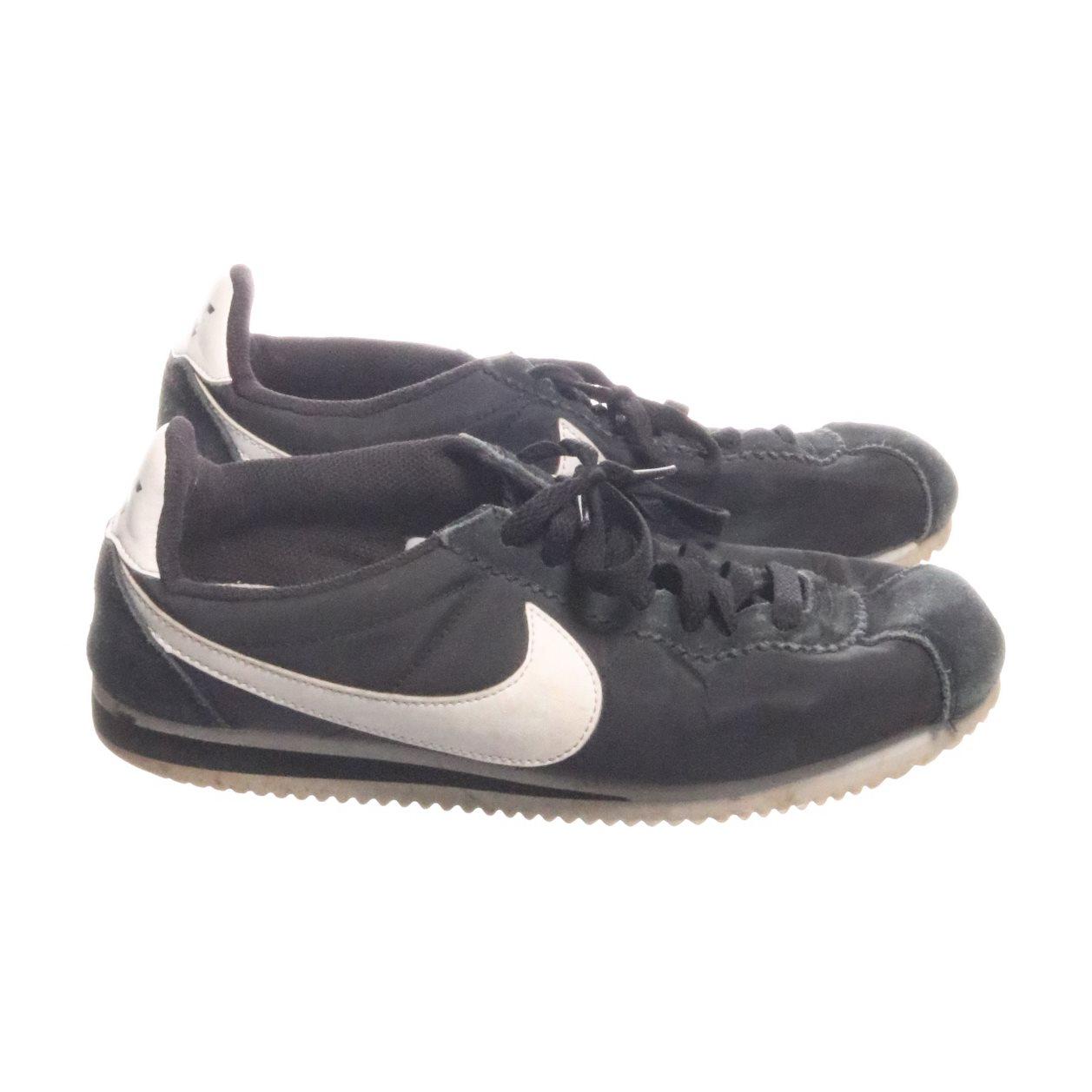 super popular ac36d 54995 ... brun 876873 002 sko  nike sneakers strl 39 classic cortez nylon svart  vit