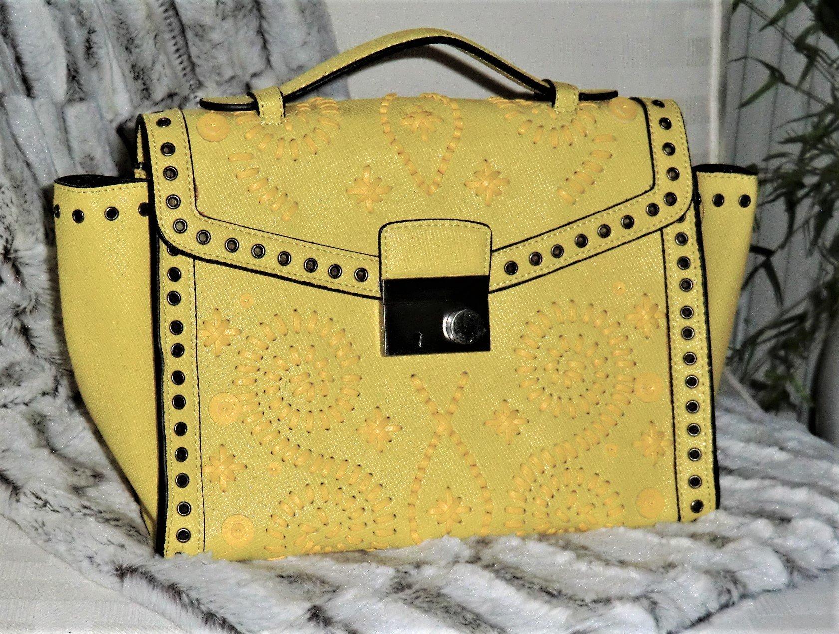 Underbar Färgglad väska Crossbody med snygga detaljer