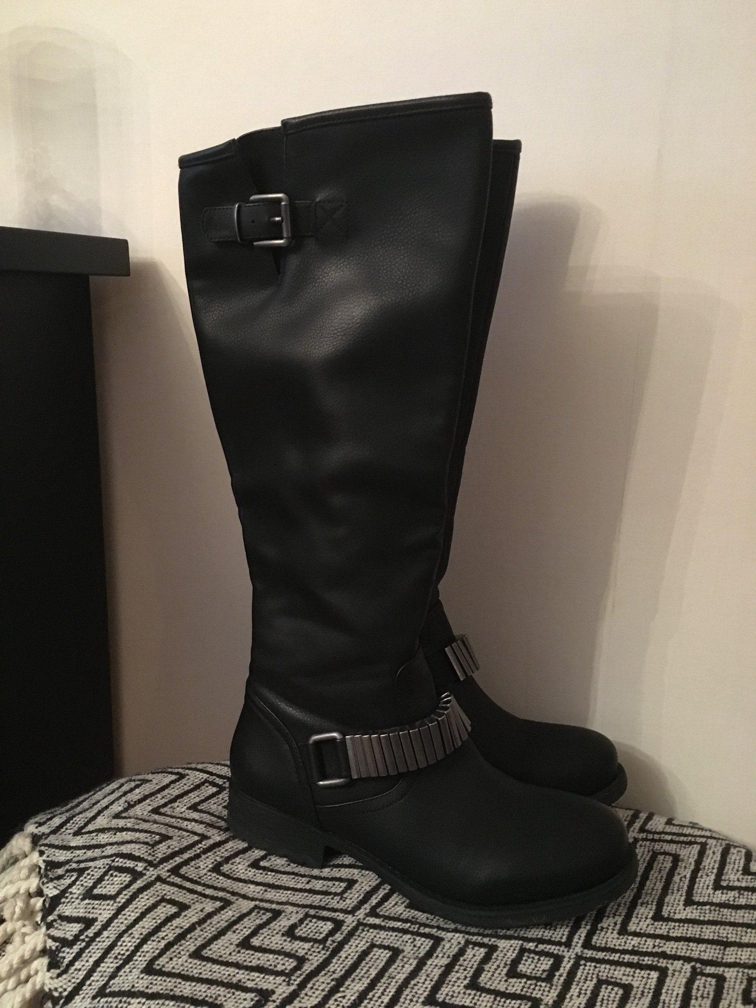 bd2dfc85043 Svarta stövlar , skor i skinnimitation från Din.. (340807852) ᐈ Köp ...