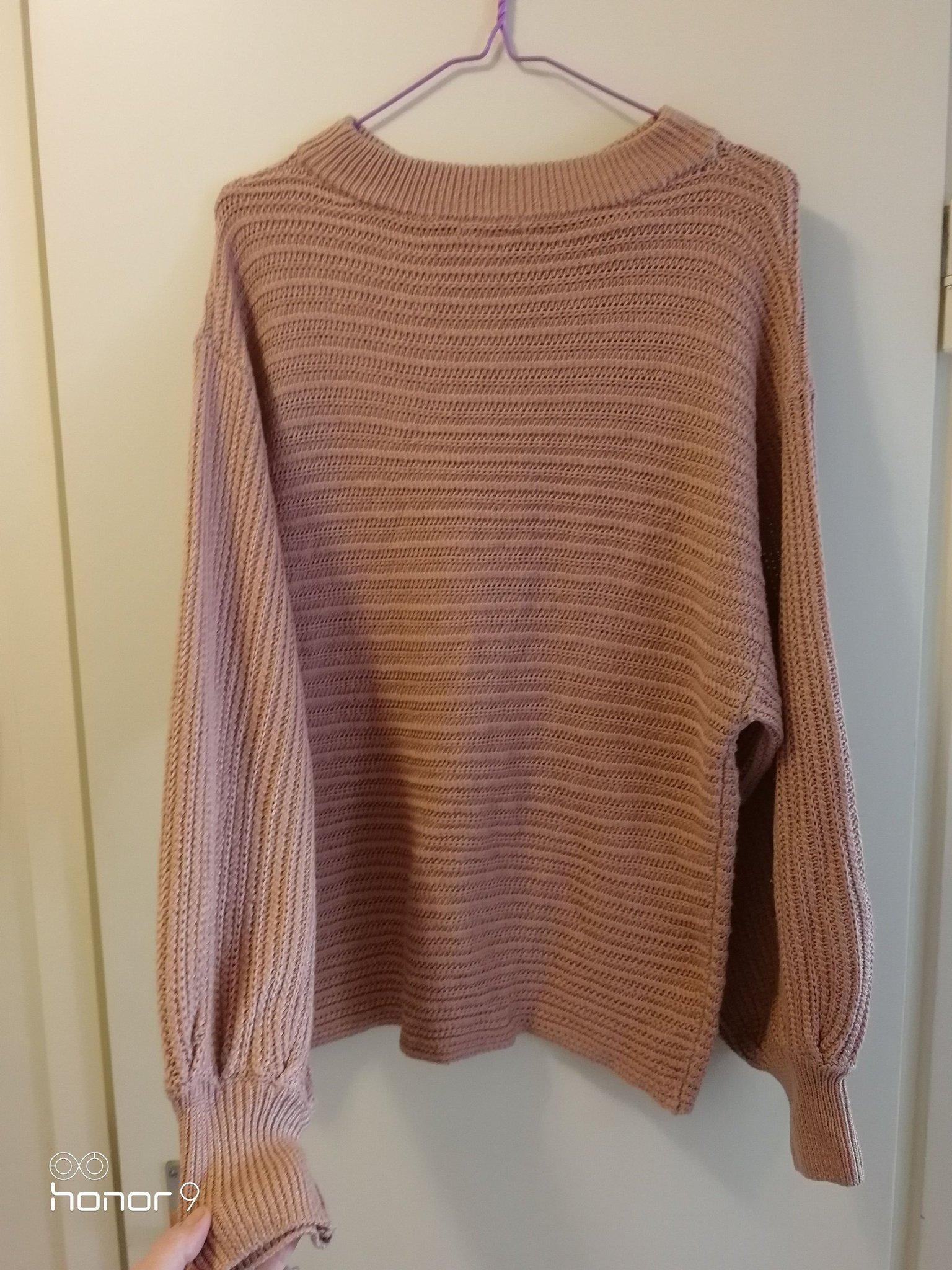 Stickad tröja rosabeige. Large (395991406) ᐈ Köp på Tradera