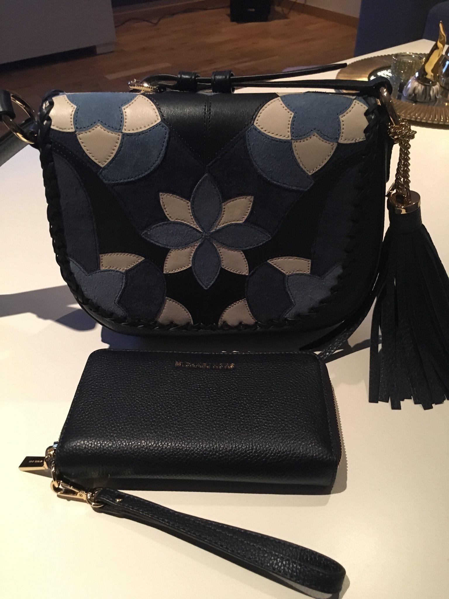 michael kors väska och plånbok