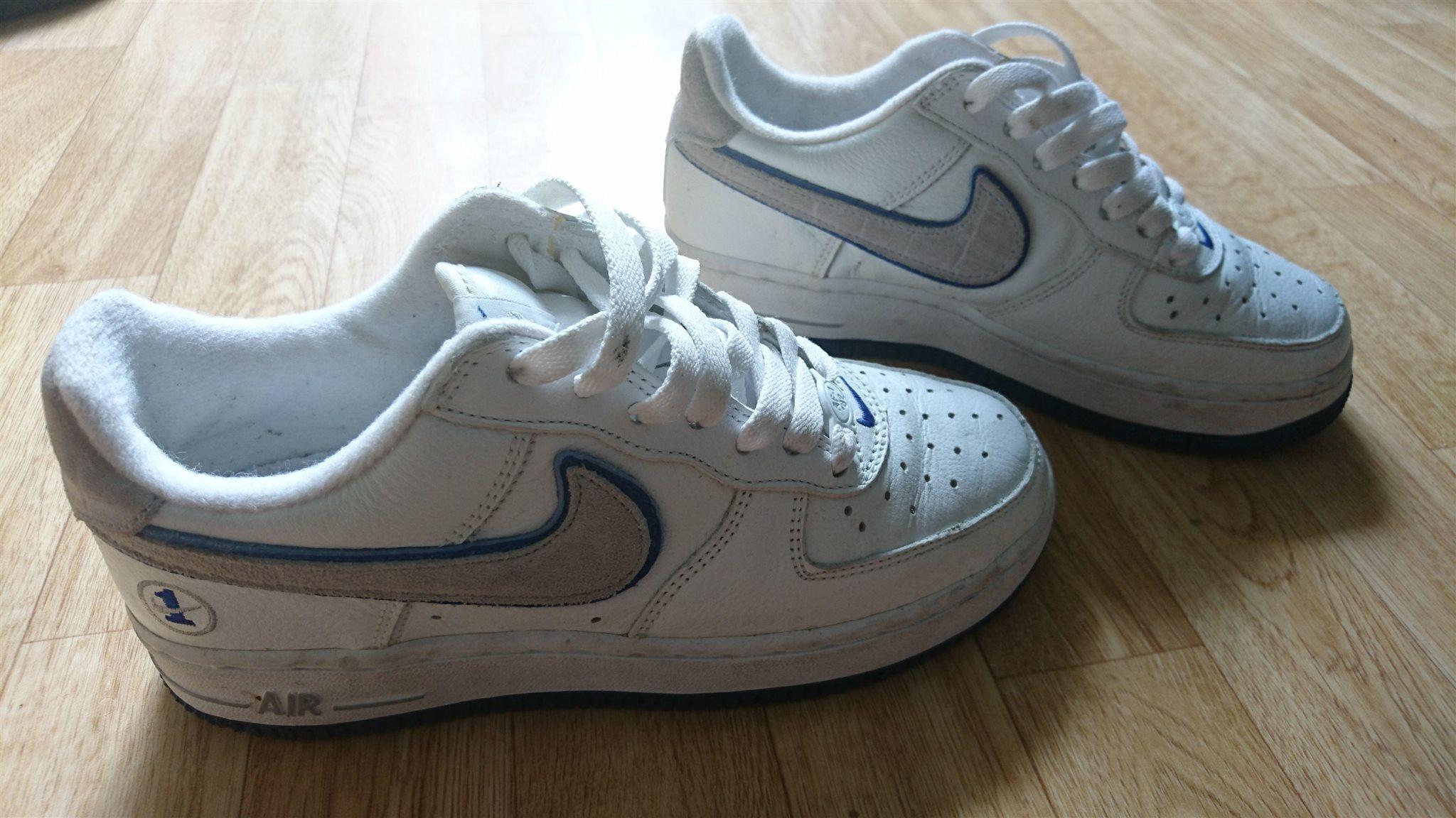 detailed look c3266 d2cd7 Nike Air skorsneakers storlek 35,5