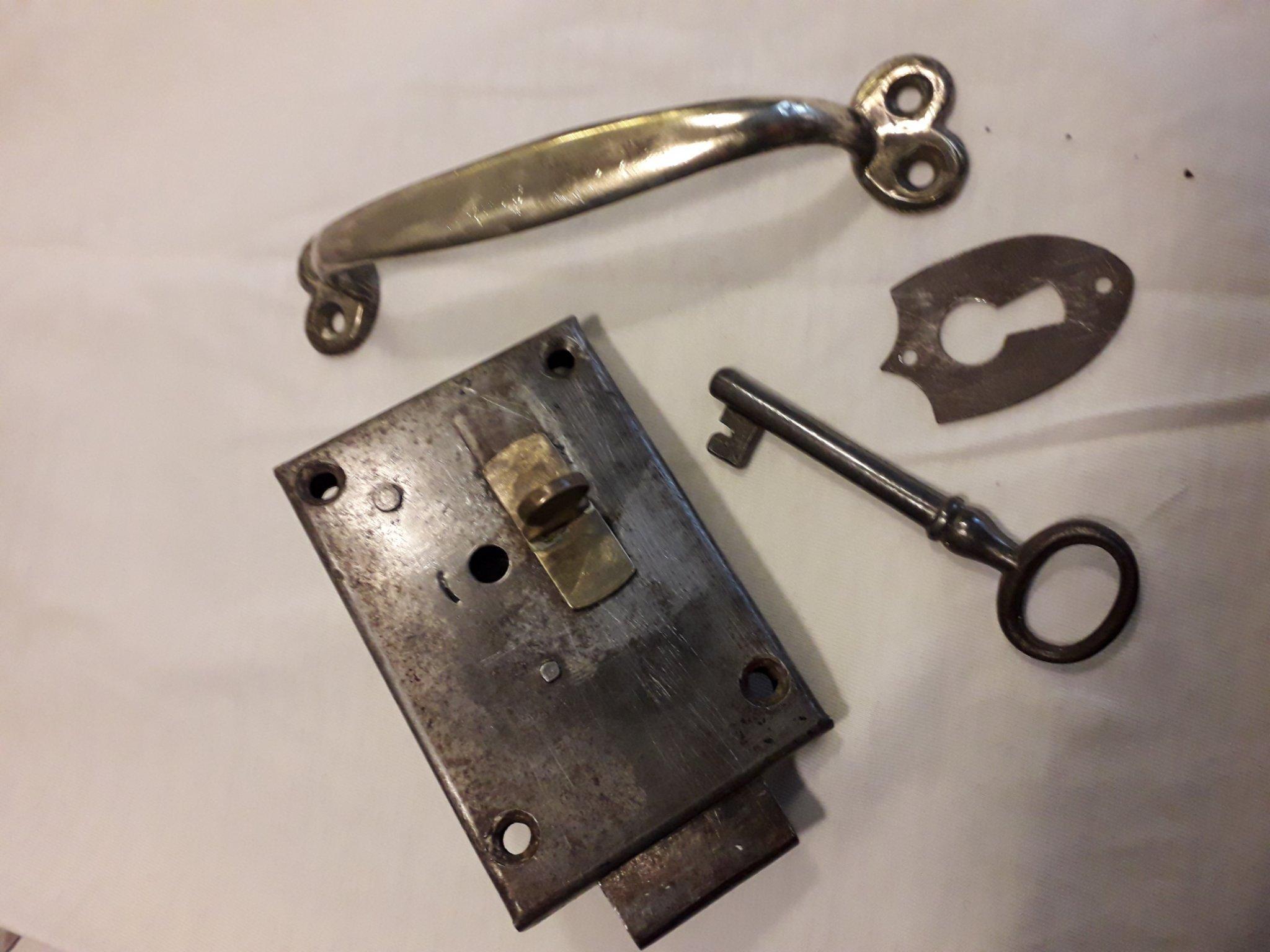 Kanon Mycket gammalt lås! Nr 3. (355419460) ᐈ Köp på Tradera WU-42