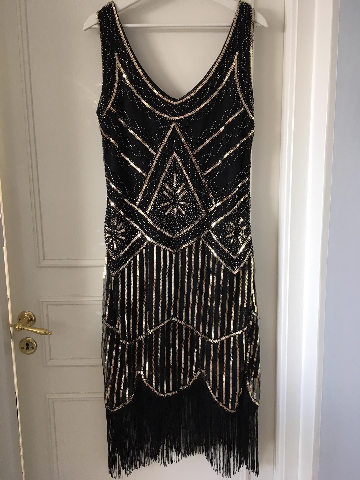 20 tals klänning med fransar