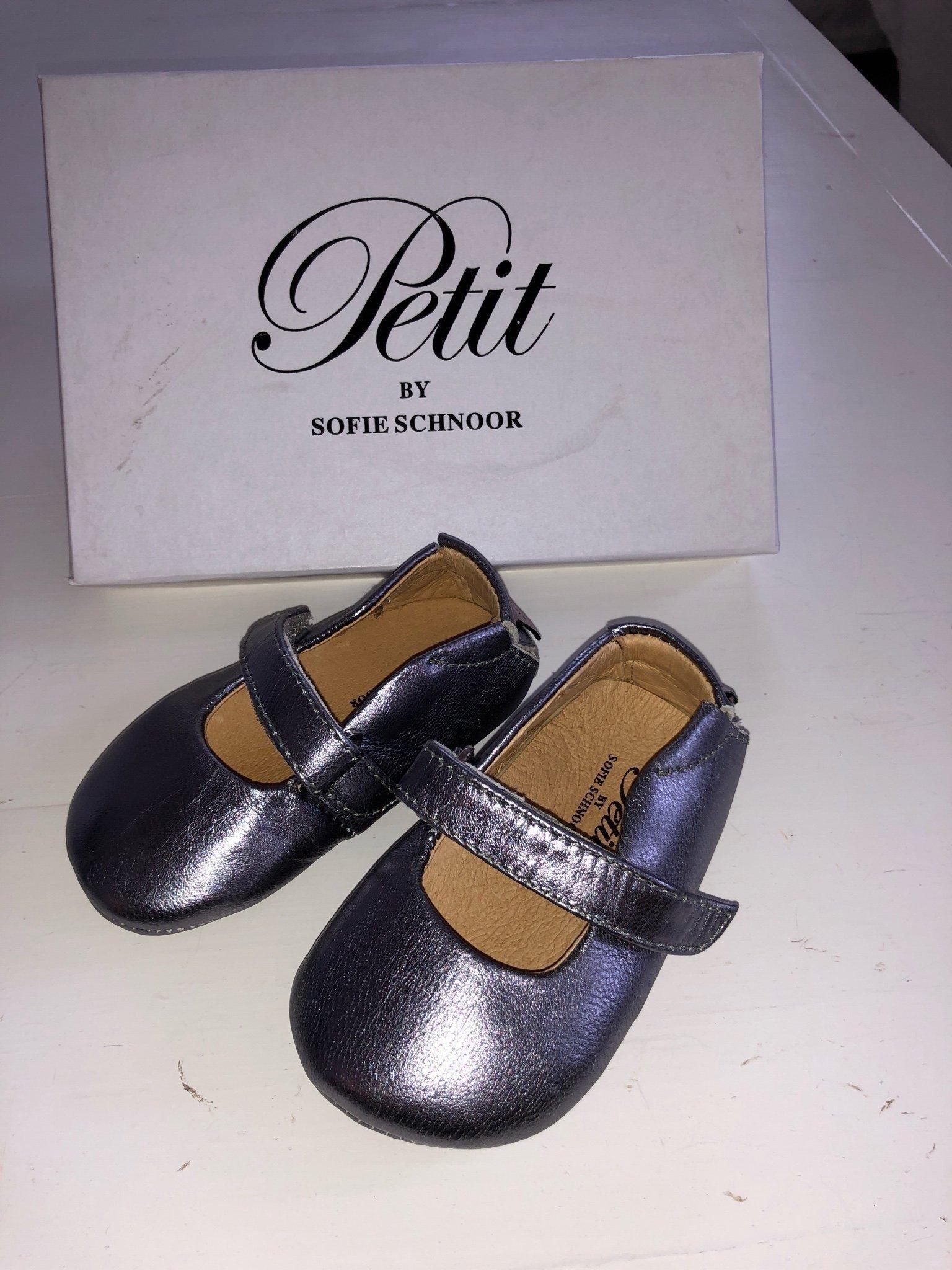 bfa2d435d70 Så fina skor/tofflor från Petit by Sofie Schnoo.. (349372174) ᐈ Köp ...