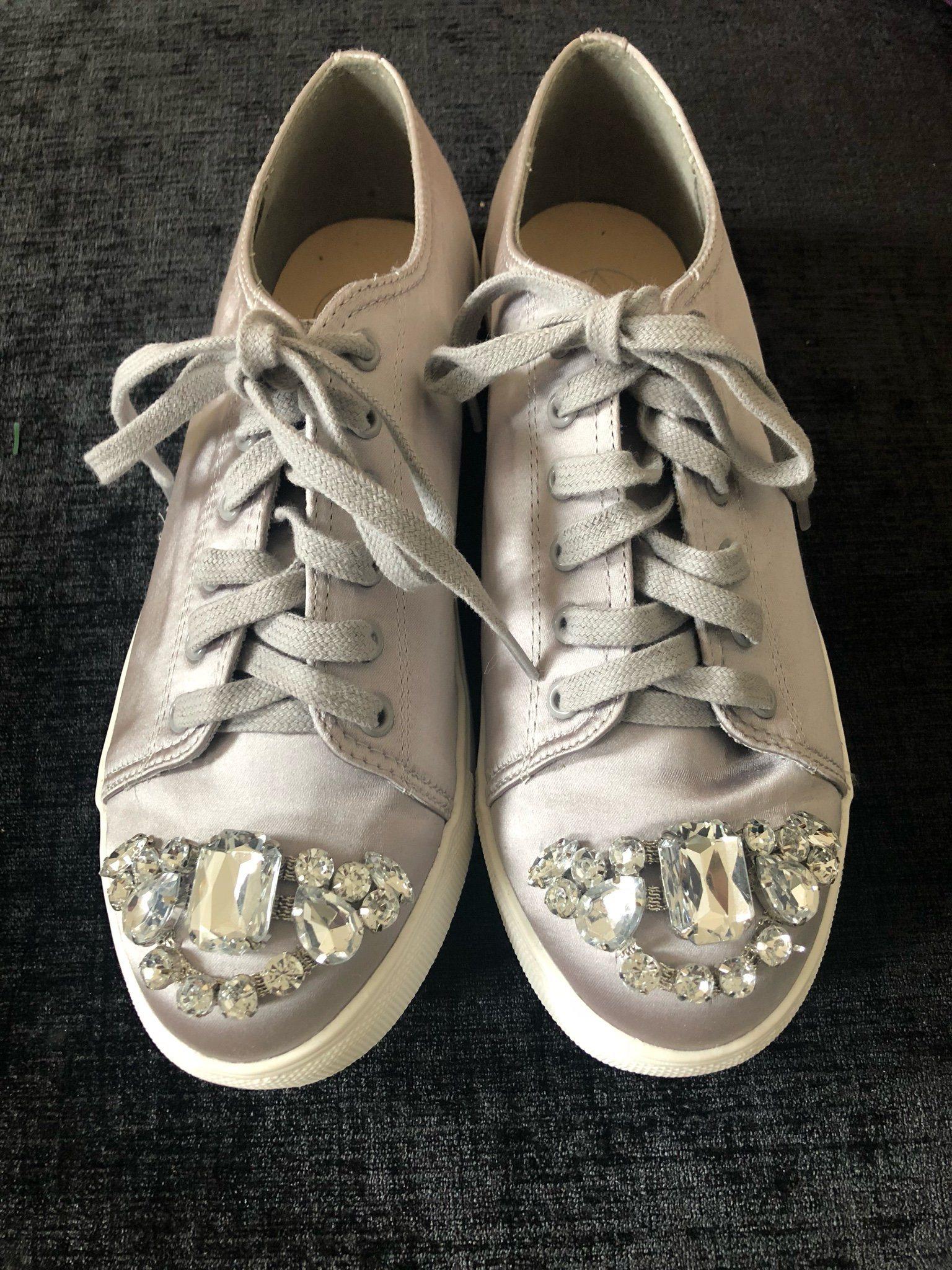 3cb4902cc0a Nya oanvända sneakers i silver med strass, 39! (342979086) ᐈ Köp på ...