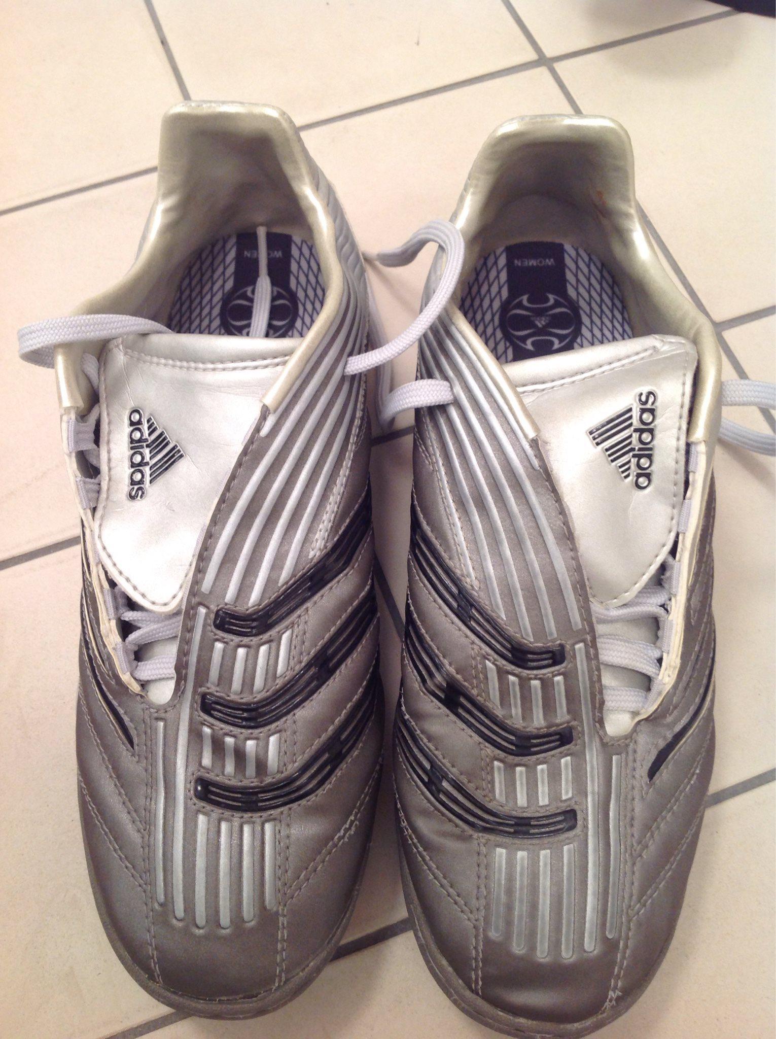 dd928adae80e60 Adidas Traxion Turf Fotboll skor