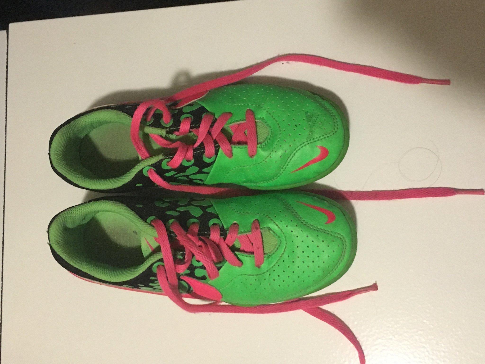 huge selection of dfd58 04cde Nike, skor i storlek 33,5