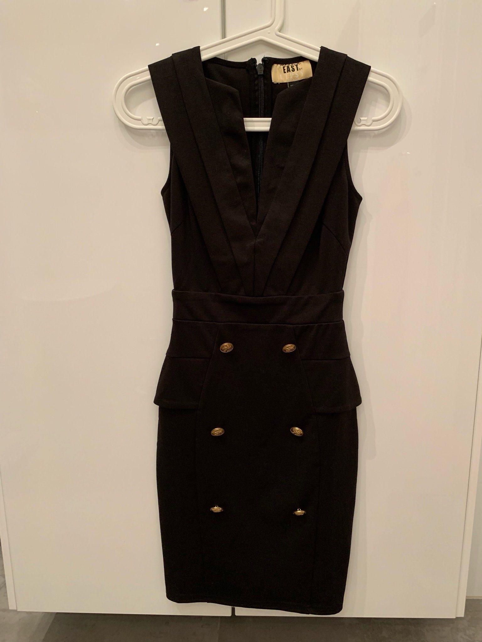 6244f152fdbd Stilren klänning från asos (342729395) ᐈ Köp på Tradera