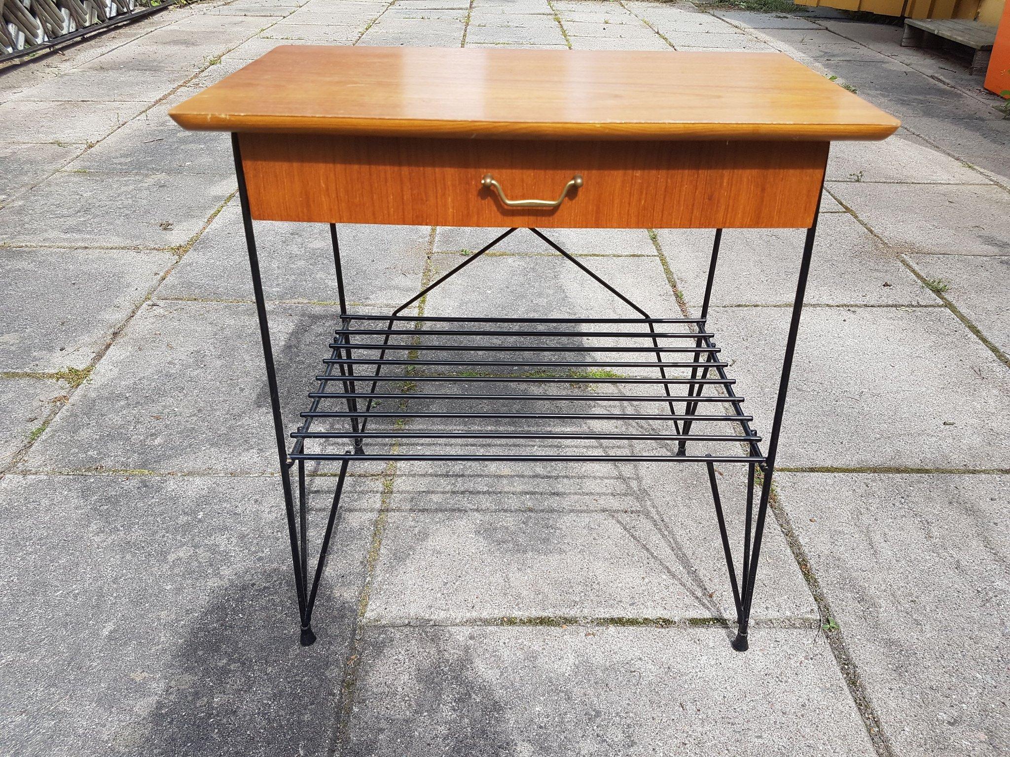 Afholte Retro bord med lackad tråd ENDAST AVHÄMTNING (355984430) ᐈ Köp på EE-86