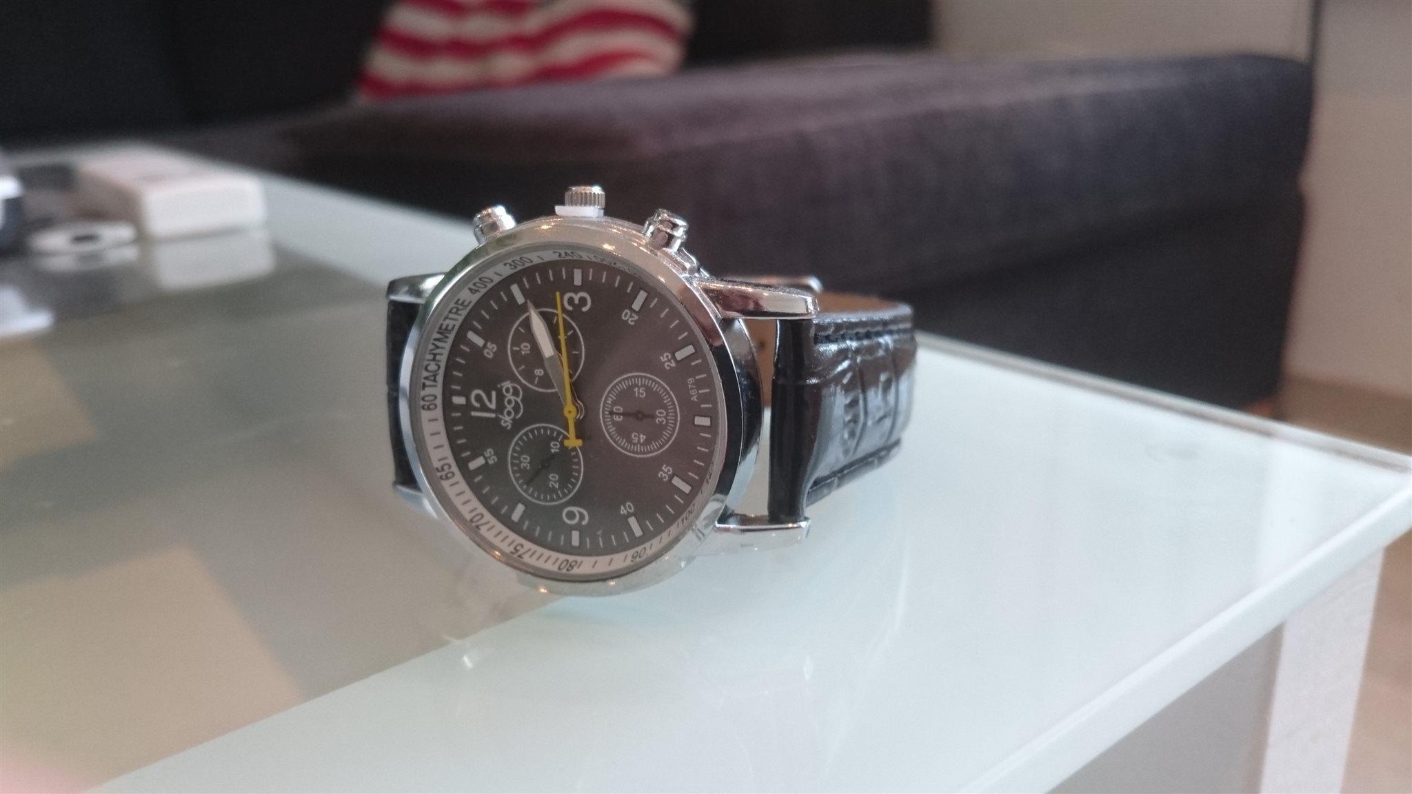 snygg klocka kvinna