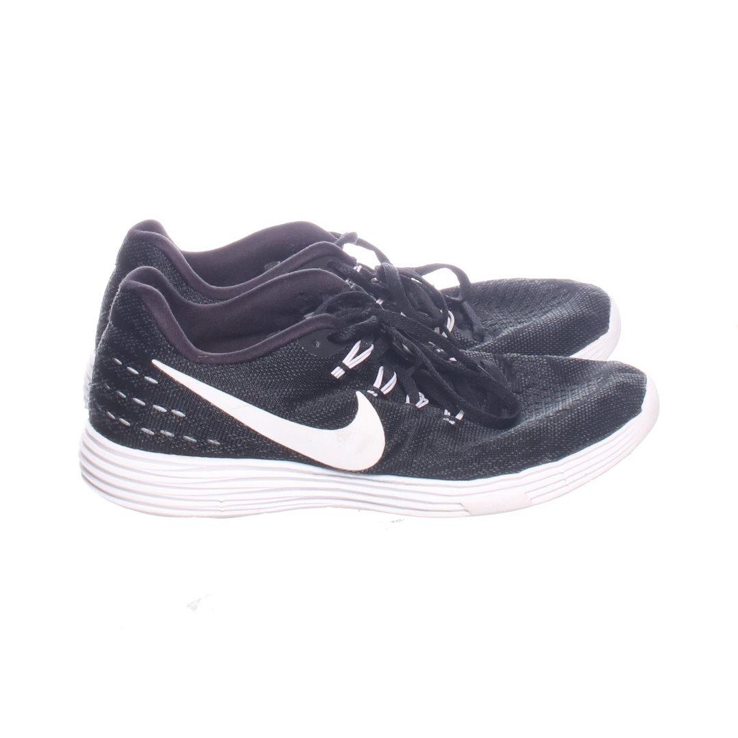 new style 1fed0 6a4b1 Nike, Gymnastikskor, Strl 38,5, Nike Lunartempo 2, Svart
