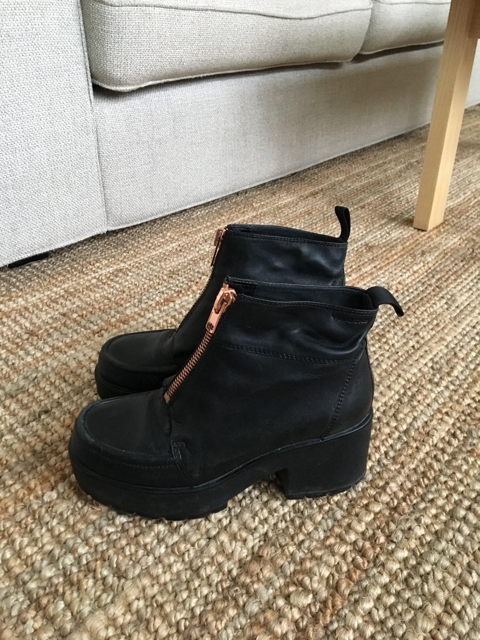 boots med platå