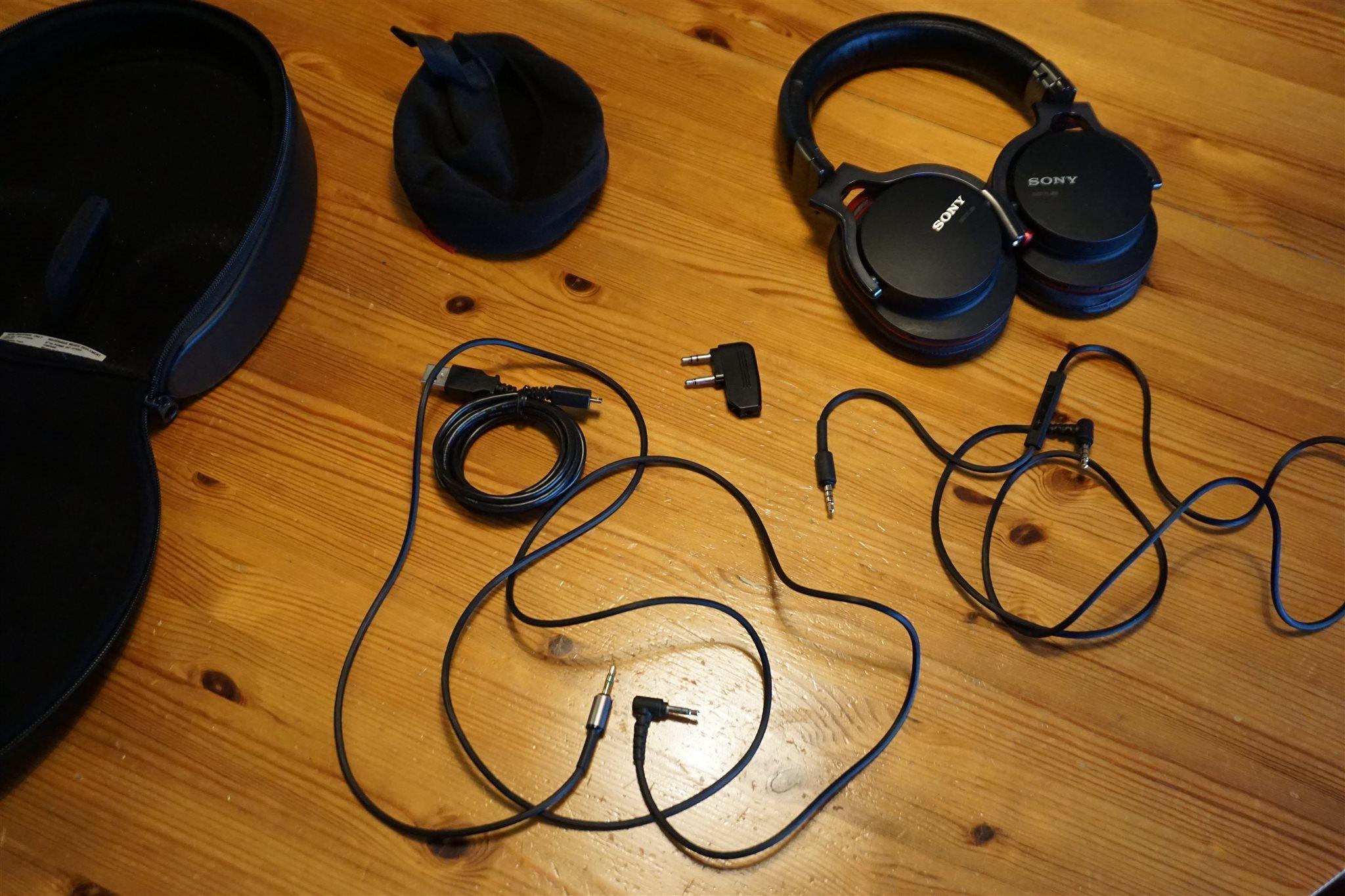 Noise cancelling hörlurar Sony MDR-1RNC (335143815) ᐈ Köp på Tradera 8d327ee1343e4