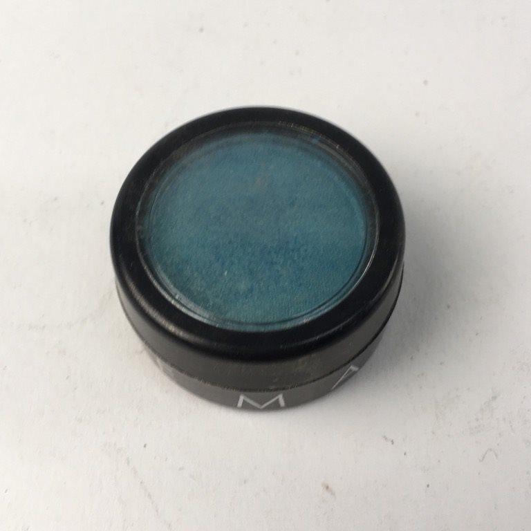 make up store svart ögonskugga