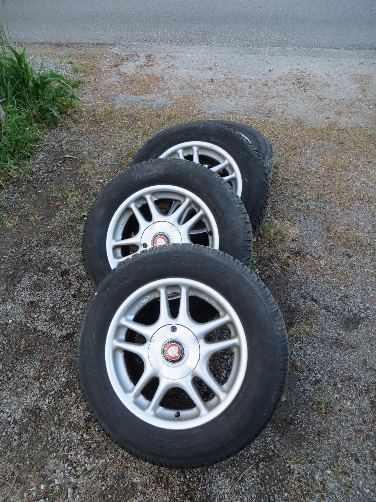 aluminiumfälgar med däck