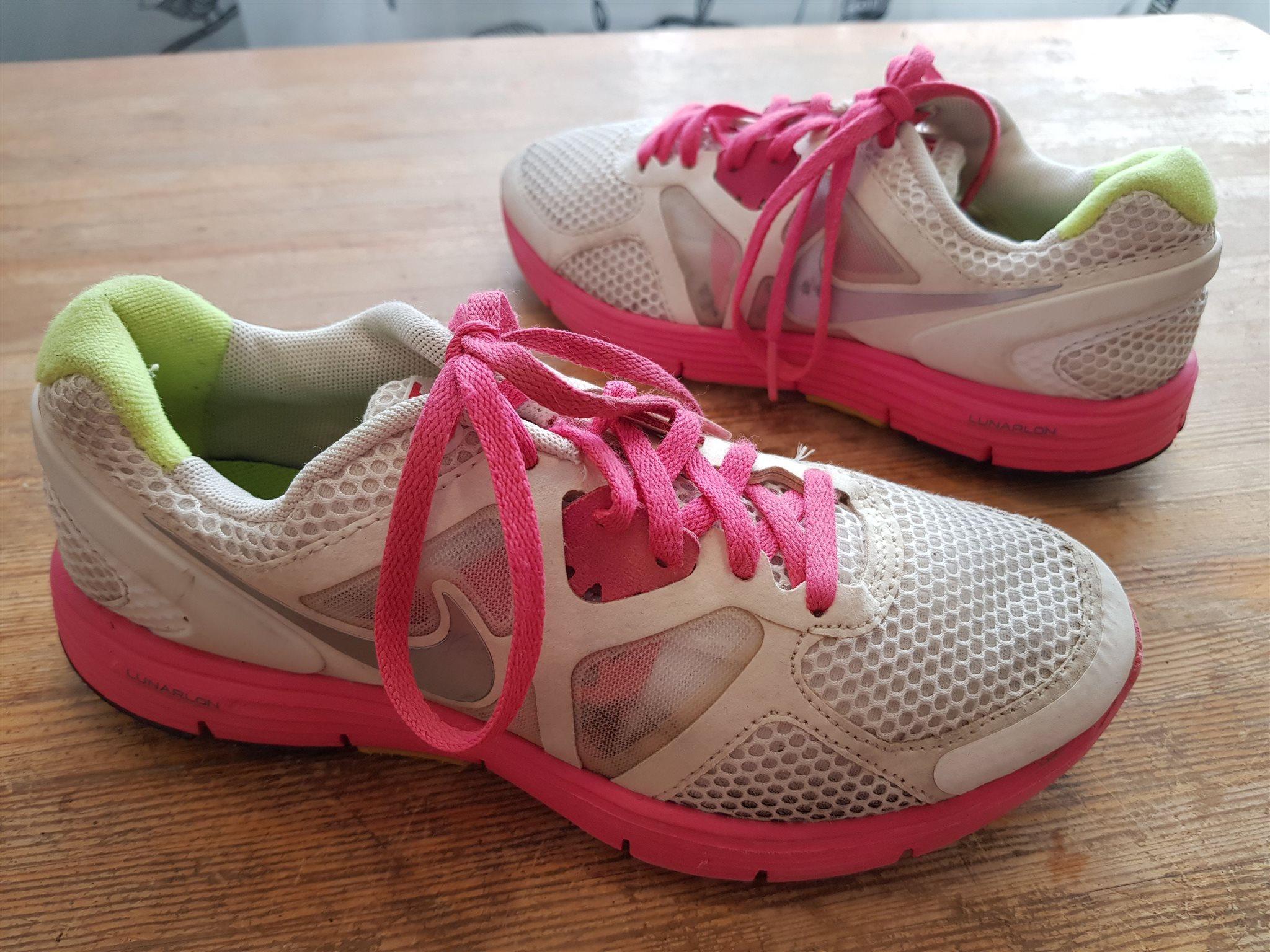 detailed look 9a67c b6dd4 ... half off 2cbef c99ff Löparskor sportskor Nike Lunarglide 3 Lunarlon str  35,5 i fint