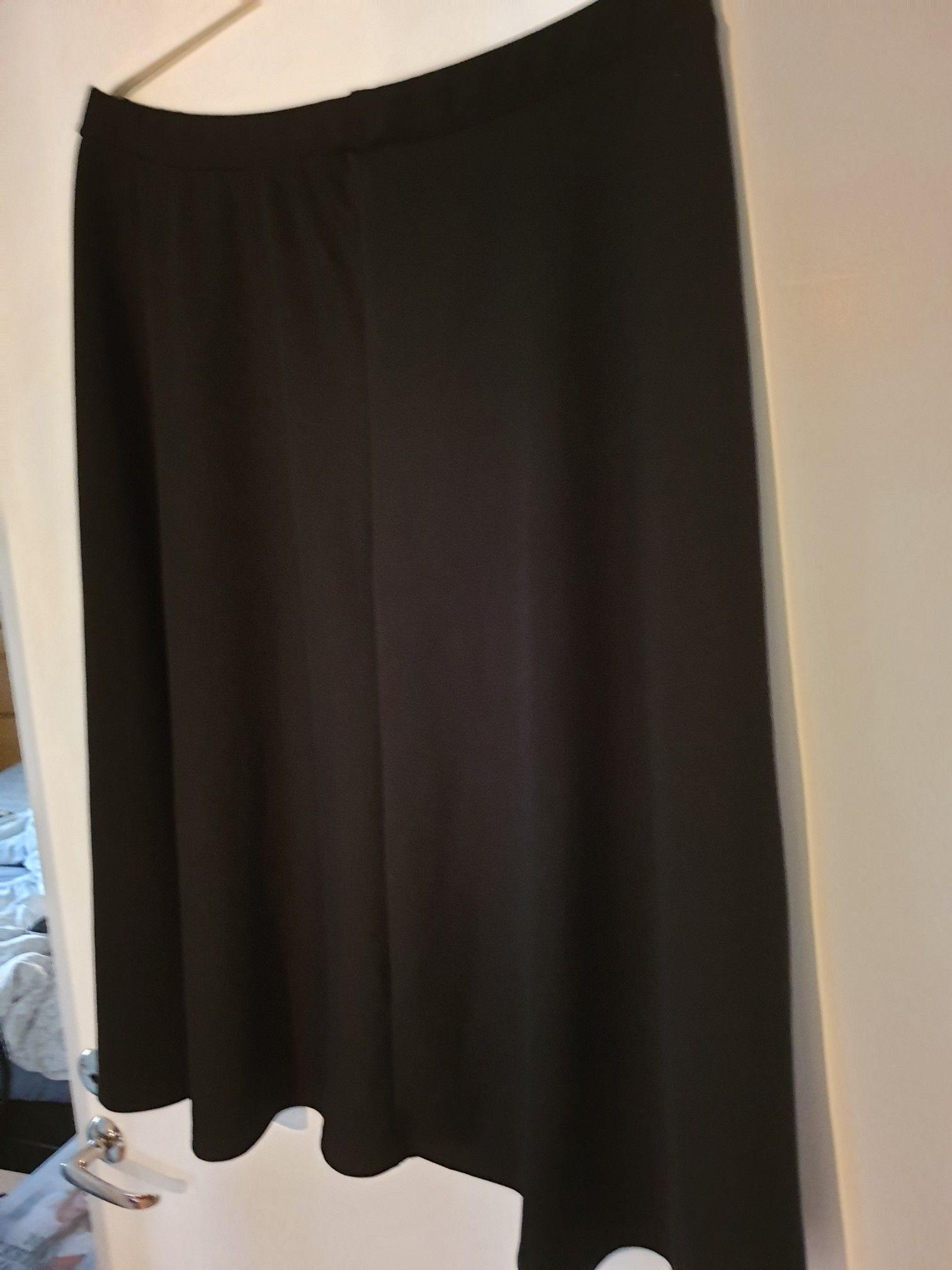kjol med resårmidja