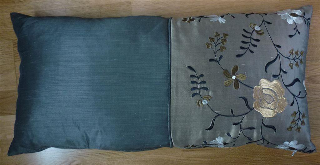 Kuddar Eightmood : Mio kudde i härligt beige brumskimrande färg på tradera