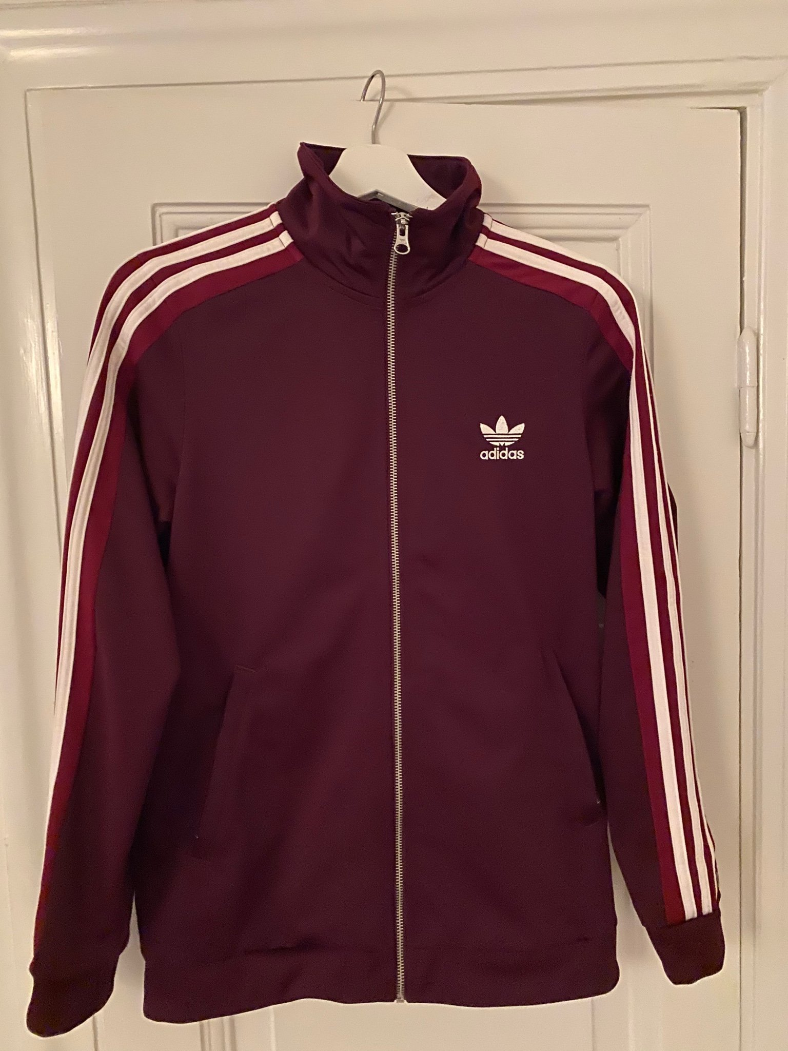 Adidas track jacka dam strl 38 (414684257) ᐈ Köp på Tradera