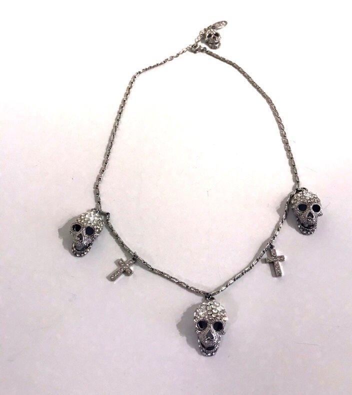 laila bagge halsband