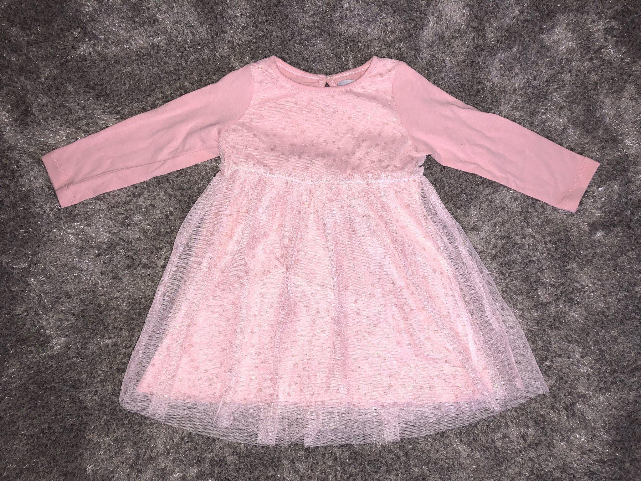 Rosa klänning med guldiga prickar från Åhléns (331968667) ᐈ Köp på ... d864abea3a551