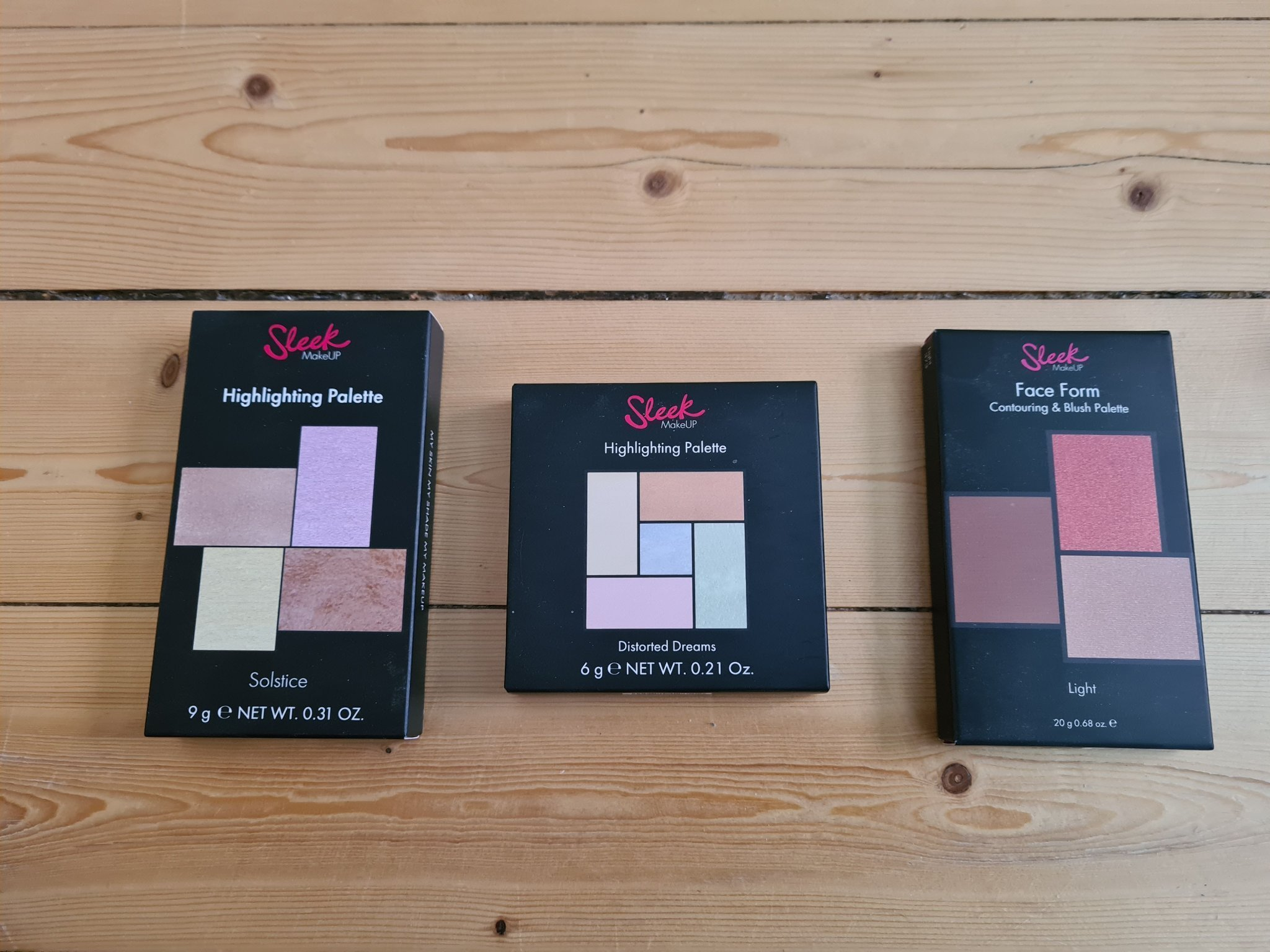 Sleek trio , highlighters och face contouring glossybox lookfantastic