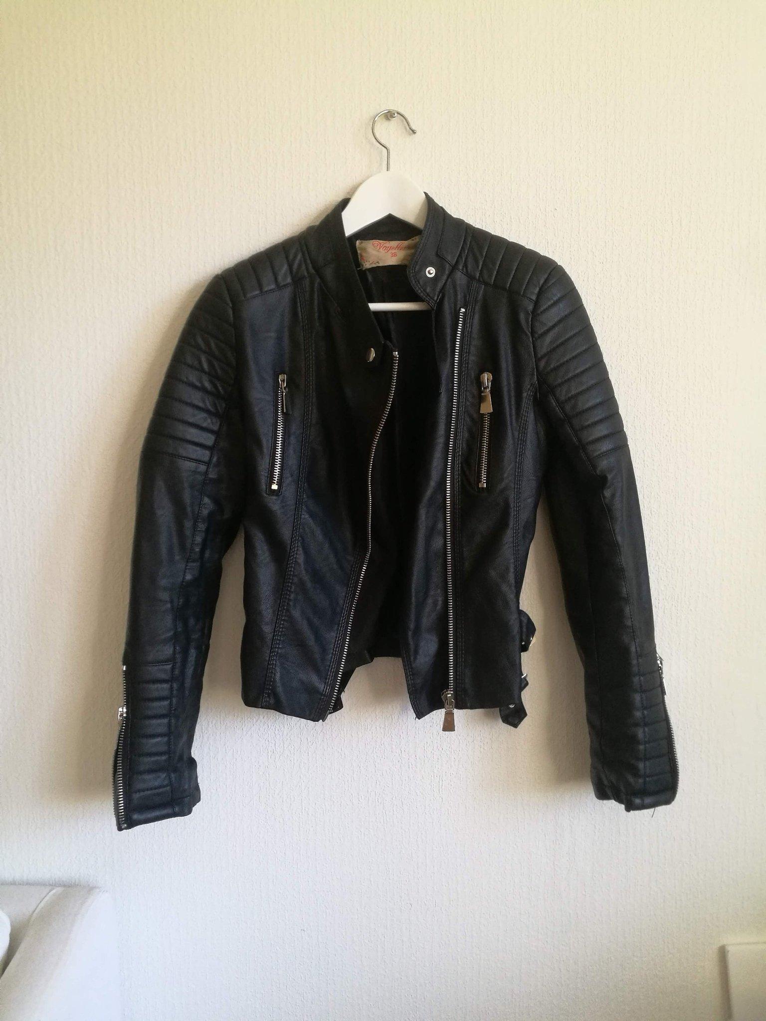 Svart skinnjacka imitation, st 38 från Chiquelle, Moto Jacket Black