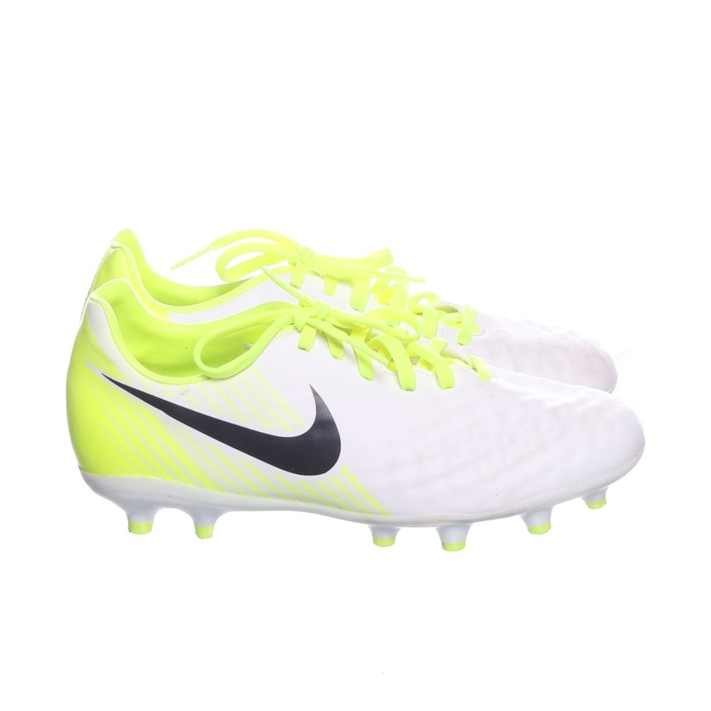 classic fit 09513 27832 Nike, Fotbollsskor, Strl  36, Magista Opus II FG Junior, ...