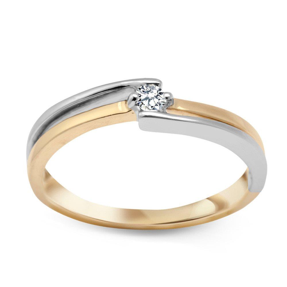 förlovningsring med diamant
