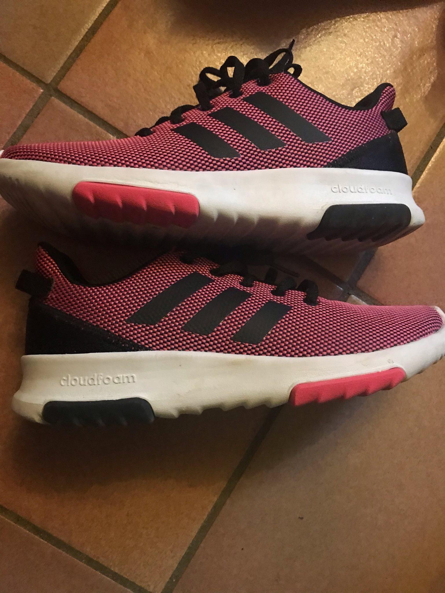 newest 78098 dd31d Adidas skor strl 38 2 3 eur röd-svart använd bara inom hus