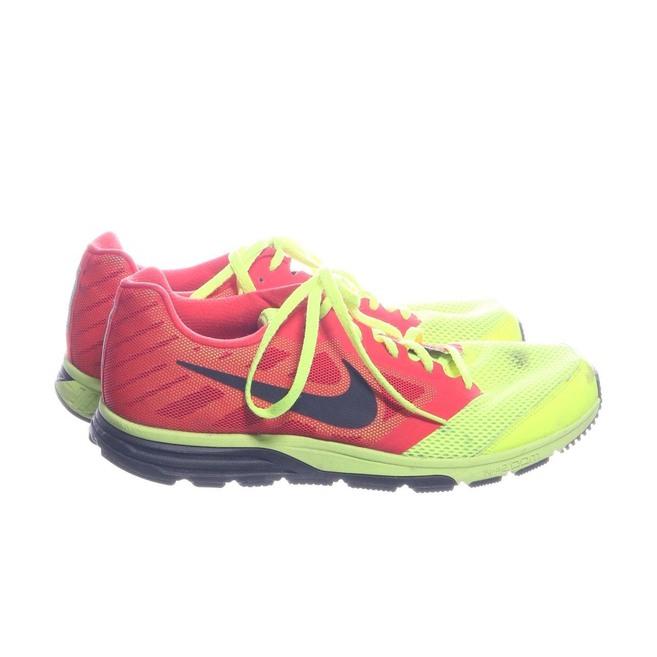 newest 0fd3f 0c103 Nike, Träningsskor, Strl  44, Zoom Fly, Gul Korallfärgad Orange