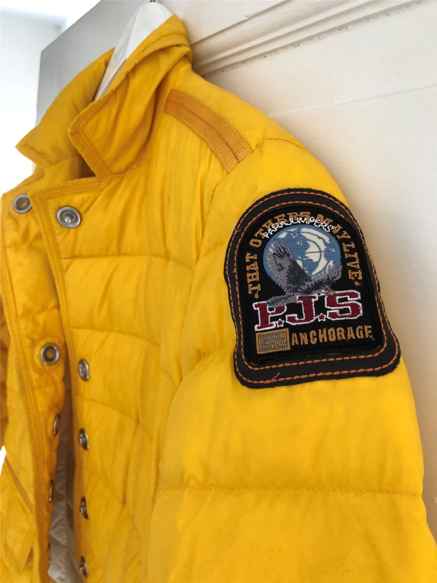 parajumpers köp YELLOW