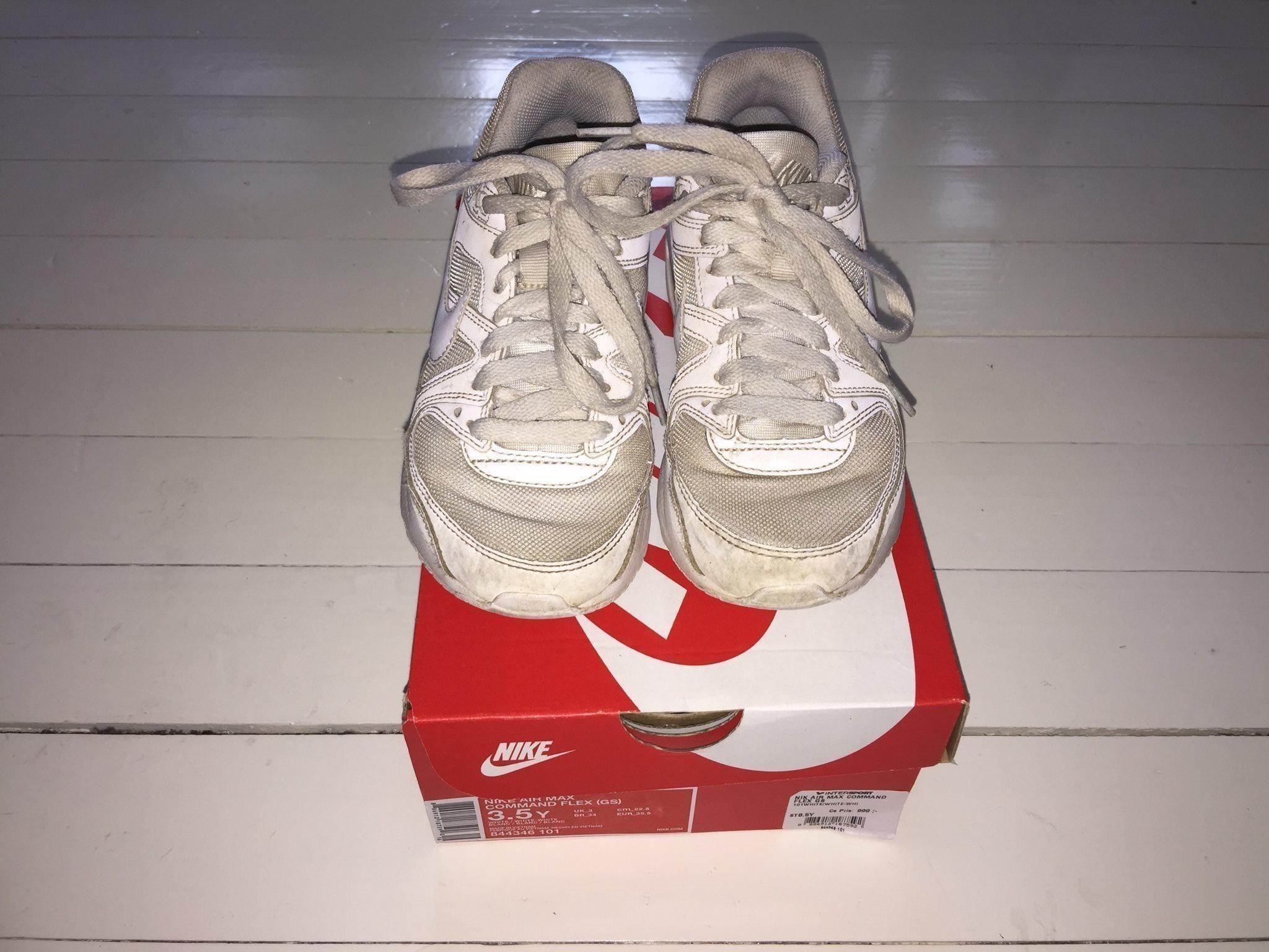 online store 474fa f59b8 Nike Sneakers Tennisskor Nike Air Max Vita Strl 35,5 Vårskor