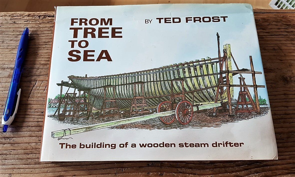 Bygga ångdriven träbåt /TED FROST: From tree to sea - wooden steam drifter -179s