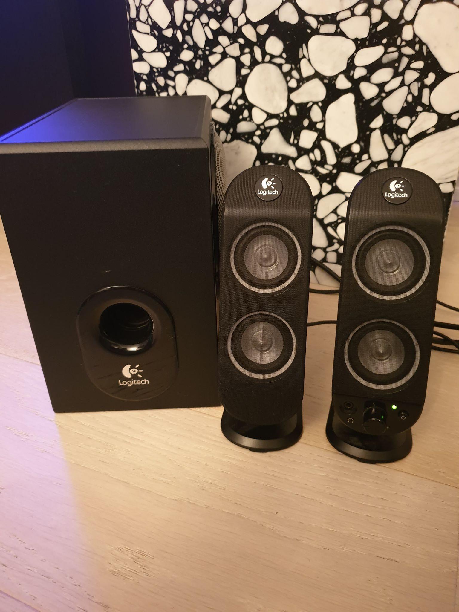 Logitech högtalare och baslåda (subwoofer) 2.1 (343433800) ᐈ Köp på ... 3e3b238466fbb