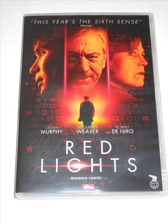 "Red Lights ""Cillian Murphy,Sigourney Weaver, Robert De Niro"""