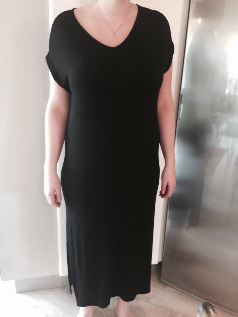 lång svart klänning
