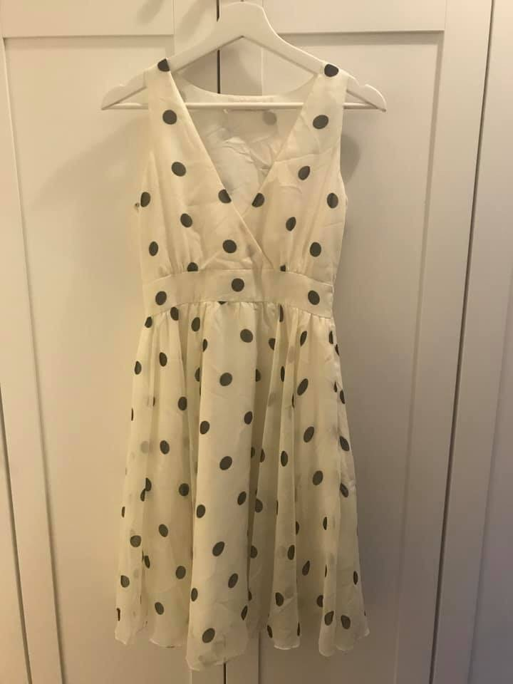 Prickig klänning Indiska (384457489) ᐈ Köp på Tradera