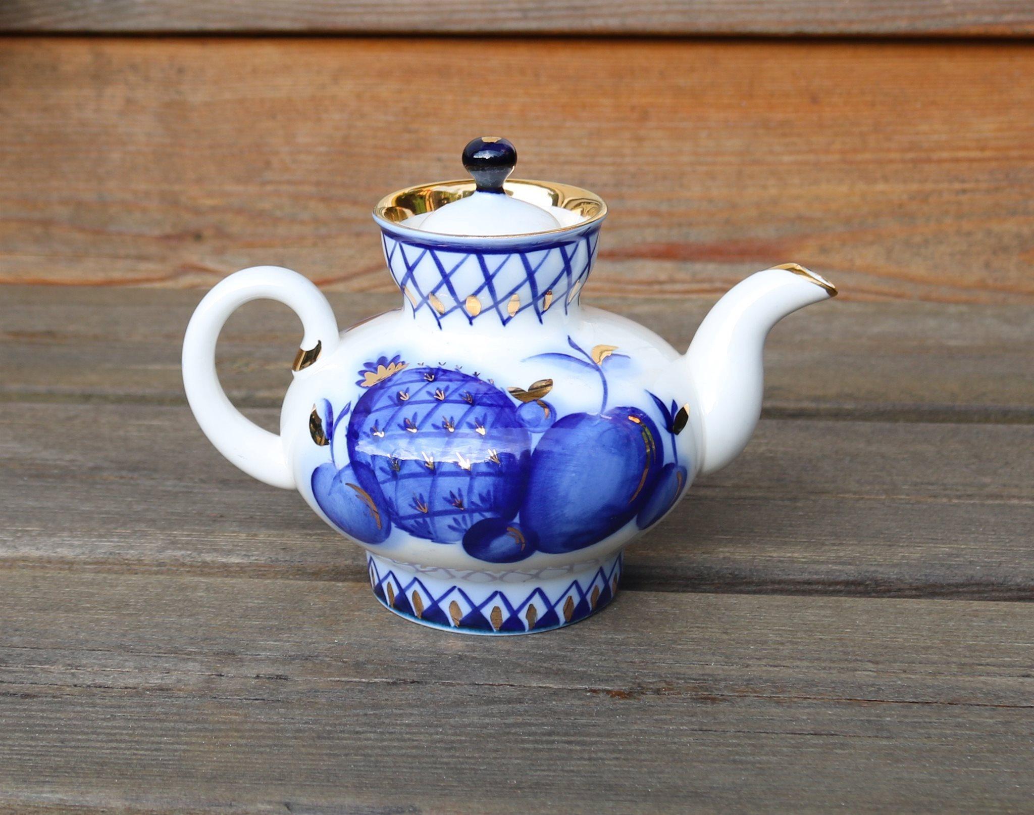 affordable unik liten vintage tekanna frn lomonosov ussr agb k guld dekor oanvnd with unik dekor