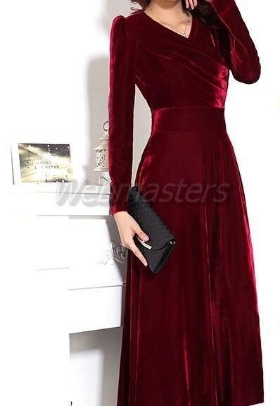 Röd Slim tunn sammet långärmad klänni.. (286642878) ᐈ Webmasters på ... 193e58a023bae