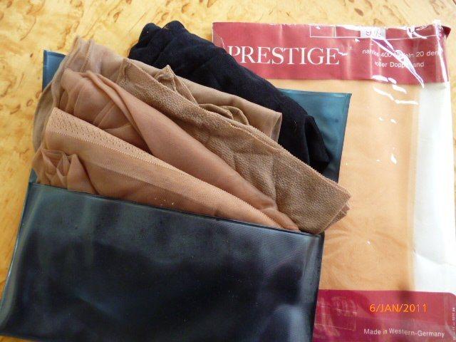 461dfcdf03d Vintage nylonstrumpor med söm bak (341210484) ᐈ Köp på Tradera