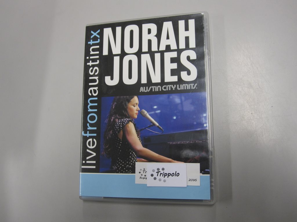 Live from Austin tx - Norah Jones