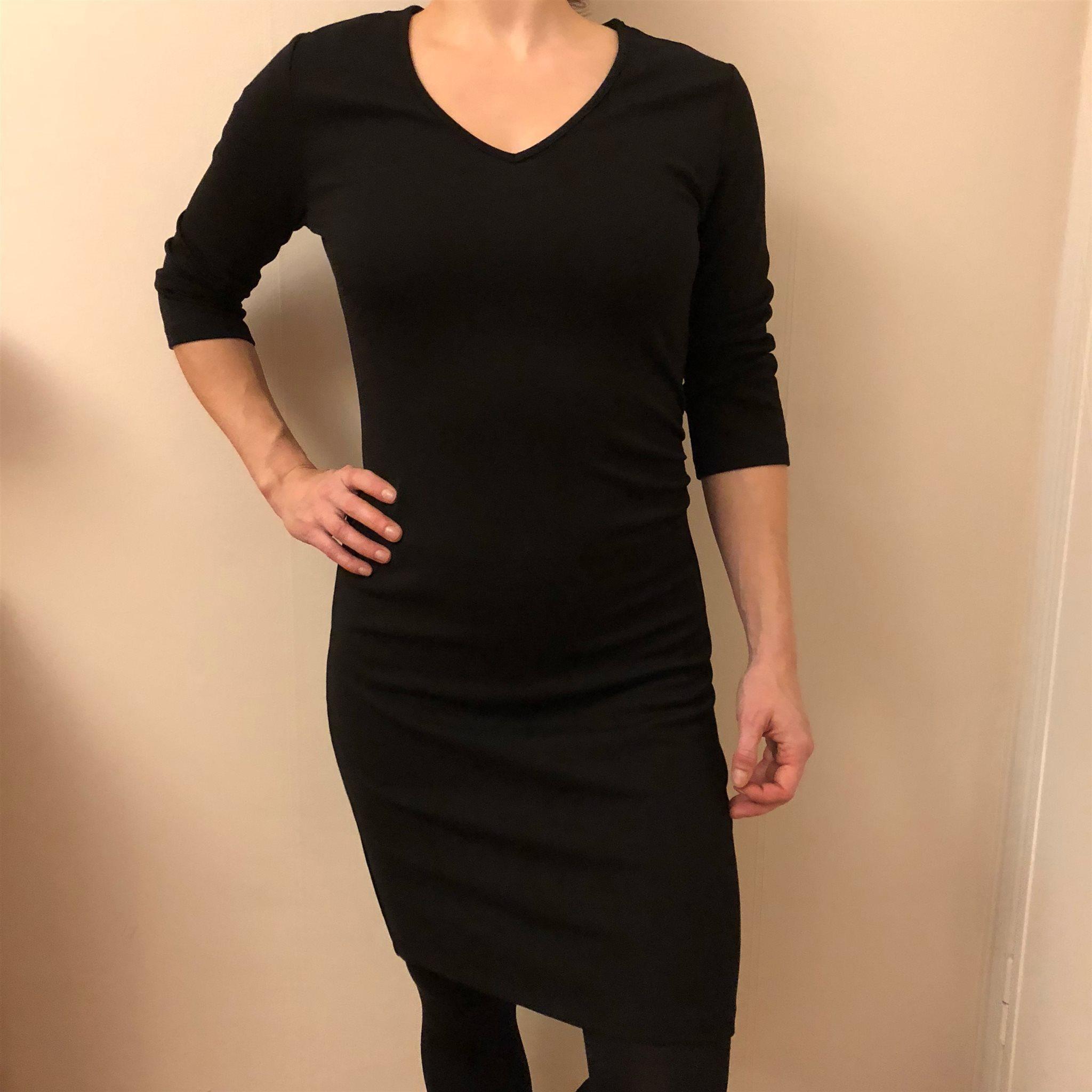 tight svart klänning