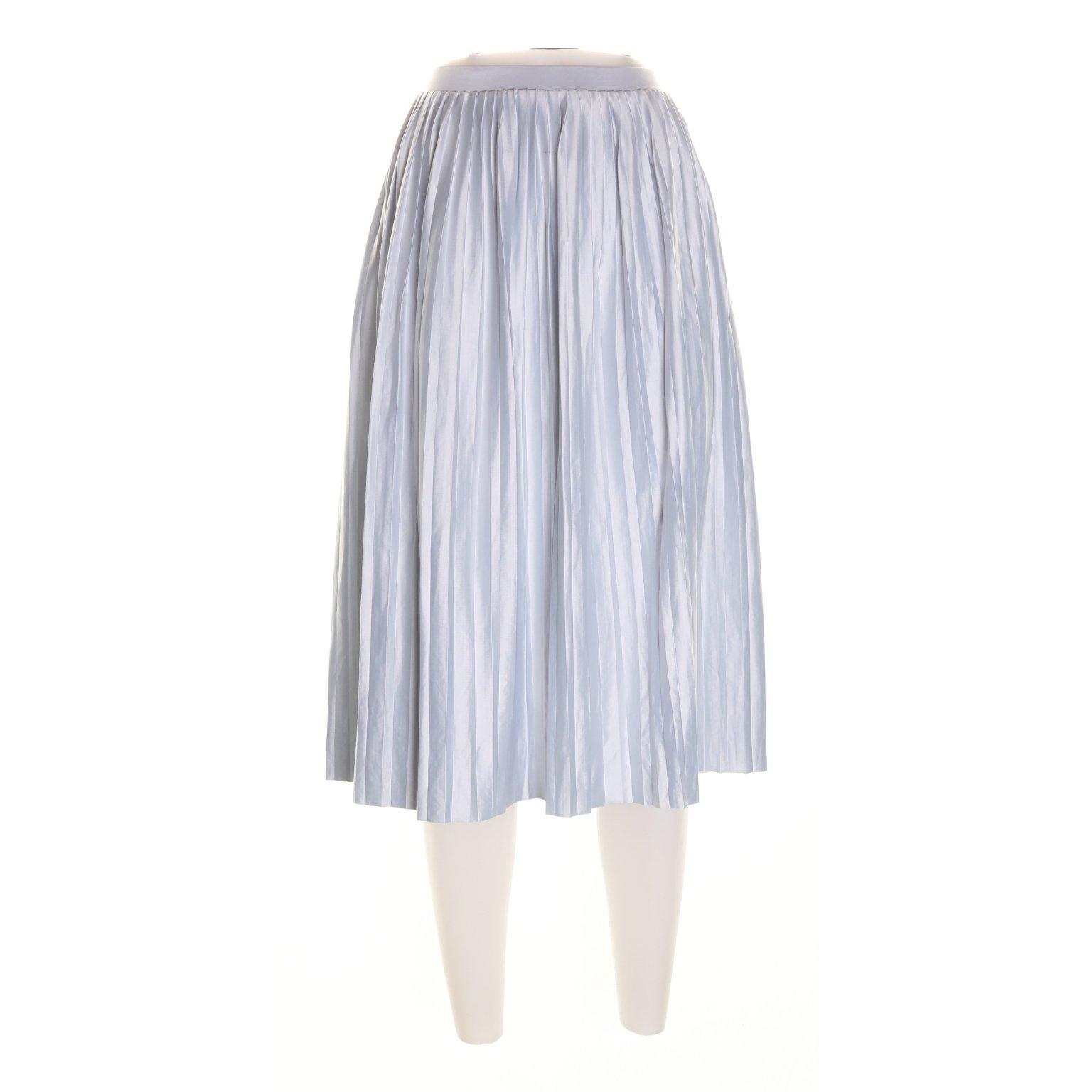 grå plisserad kjol