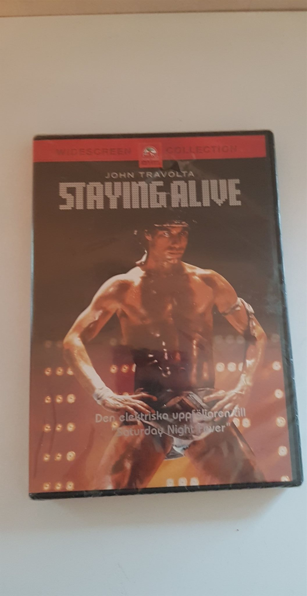 John Travolta, Staying alive
